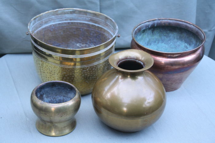 4 Copperbrass Flower Pots And Vases Catawiki