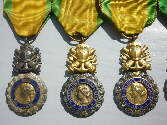 H) LOT of 5 military medals value discipline 1870 + one