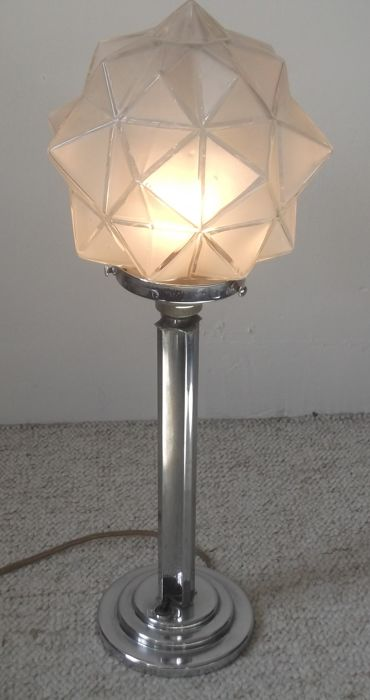 Art Deco Table Lamp With Later Star Shaped Glass Shade Catawiki