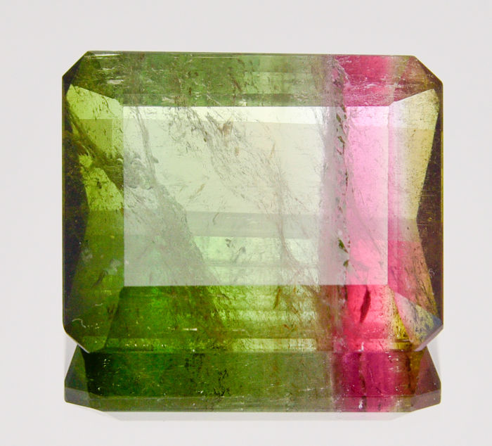 Two-tone pink and green tourmaline - 33.97 ct