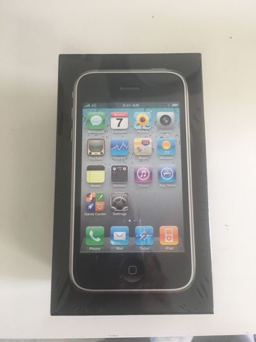 iPhone 3GS -8GB sealed Black