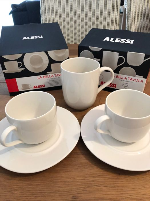 Ettore Sottsass for Alessi: La Bella Tavola. 12 cups and saucers, 12 mugs