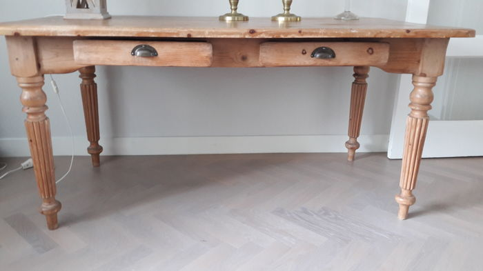 Pine kitchen table - with two drawers and tapered fluted legs ...