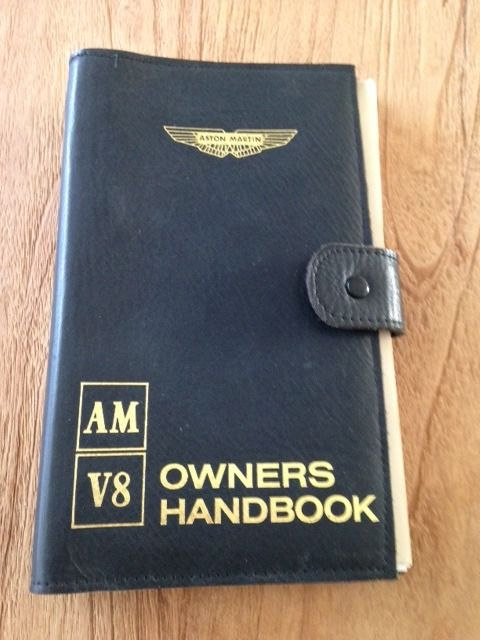 Brochures / Catalogi - Aston Martin V8 Owners Manual  - 1979-1979 (1 items)