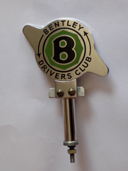Insigne - Original Bentley Drivers Club Badge And Stand. - 1970-1970 (1 items)
