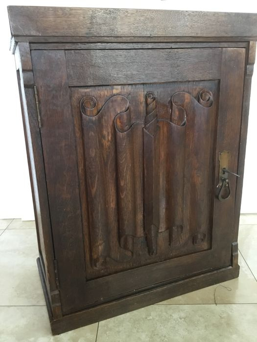 Antique Oak Carved Hanging/wall Cabinet With Original Lock And Key