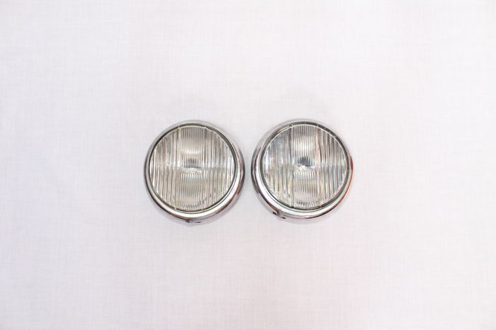"Bosch fog lights, with protruding 'brimmed"" lens, in perfect condition, Mercedes Ponton and others - diameter 15 cm"
