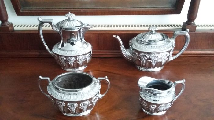 Victorian Walker & Hall sheffeild tea and coffee pots 4 pieces set new completly resilvered silver plated made in england.