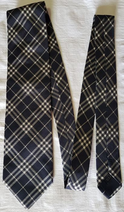 Burberry - Ties - Catawiki 97f72165bcf5