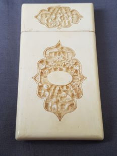 Finely carved Ivory card box - China - ca 1880