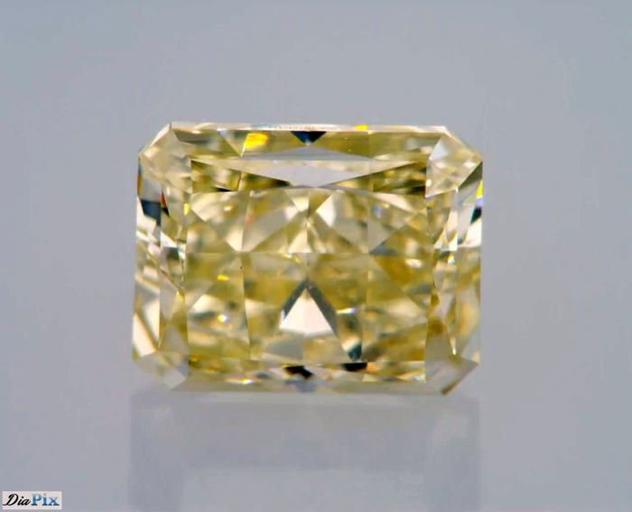 1.07 Carat Fancy Light Brownish Yellow SI1 Radiant GIA Certificate included