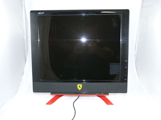 "Acer Ferrari F-20 Black-Red 20"" Widescreen LCD PC Monitor with Built in Speakers"