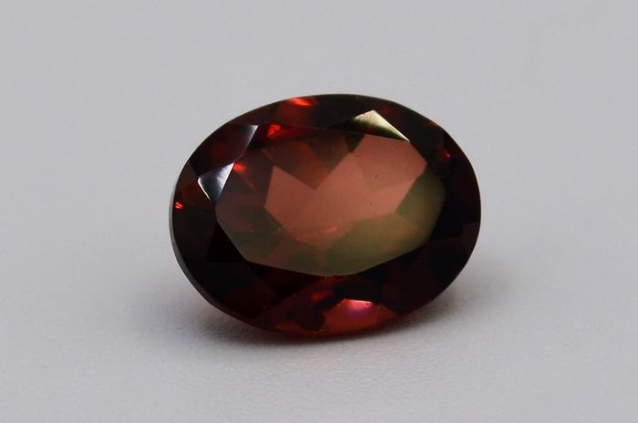 Almandite Garnet - Deep Red - 2.33 ct **No Reserve Price**