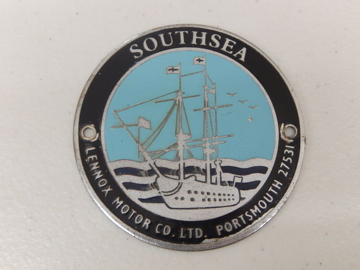 Insigne - Southsea Portsmouth Dealers Plaque Ship Car Badge - 1970