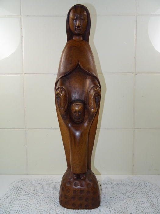 Fine, large wooden statue of Mary - European - 20th century