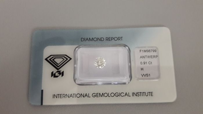 Brilliant cut diamond - 0.91 ct - H/VVS1
