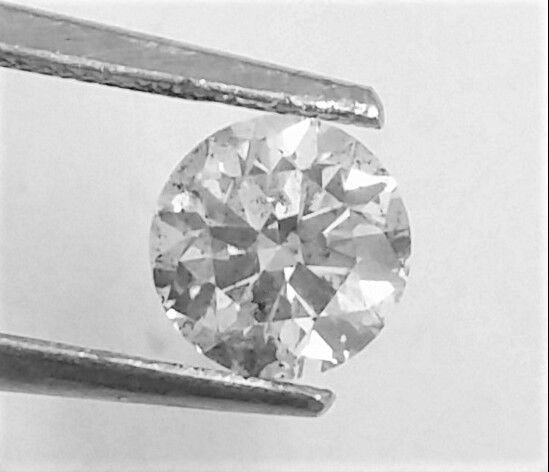 0.85 ct Brilliant Diamond , F color , SI1 clarity , UNTREATED , AIG certified + Laser Inscription on Girdle