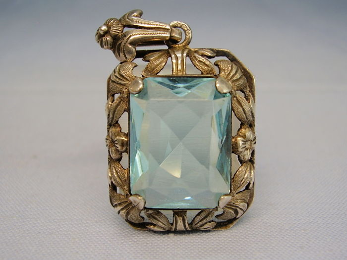 Large Art Deco pendant with octagonal faceted bright blue natural fluorite