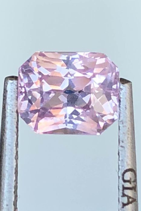 Pink sapphire - 1.49 ct