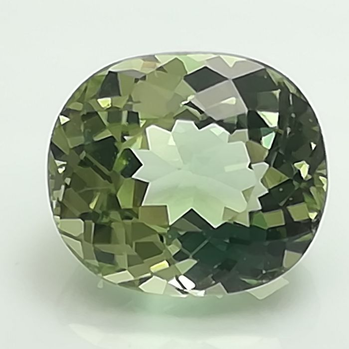 Mint tourmaline - 2.60 ct