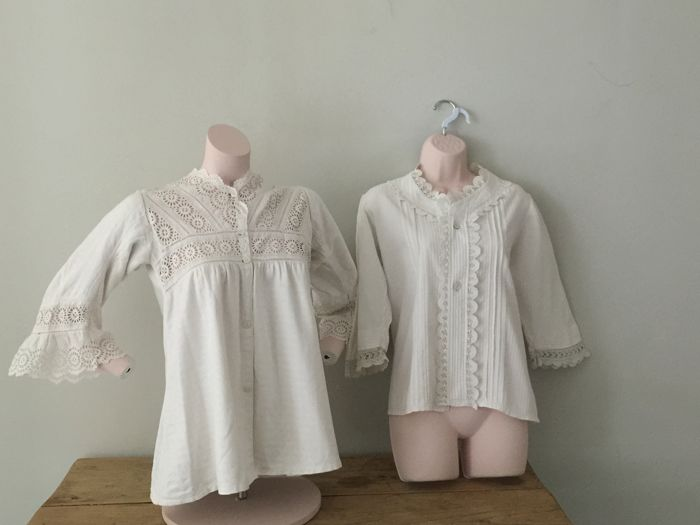 Two gorgeous, antique gowns - Catawiki