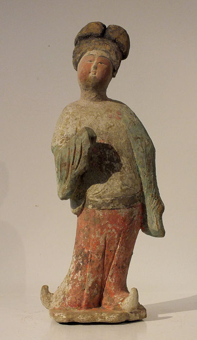 Oldtidens Kina Keramik -A Large Painted Pottery Figure of a Fat Lady, TL  - High 40 cm.