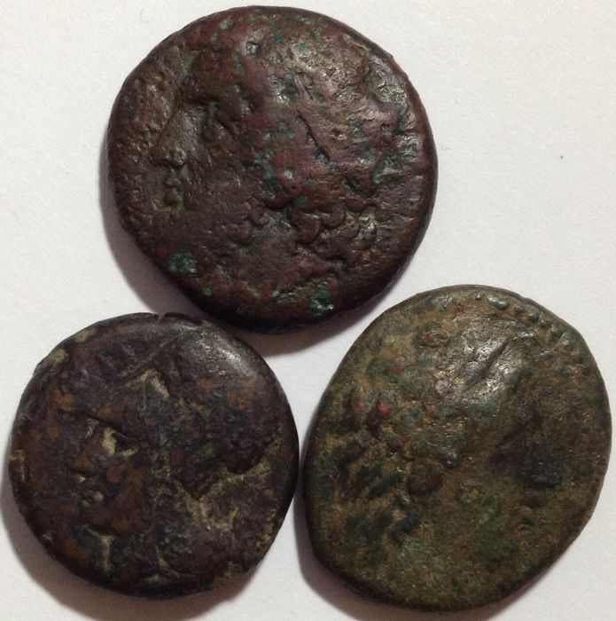 Grecia (antica) - SIcily. Syracuse. Lot of 3 Æ coins (Dionysos, Hieron II and Hiketas II)