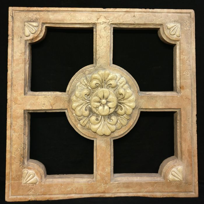 Romanesque Garda pink marble window with Nembro marble inlays (60 cm x 60 cm) - Italy, Lake Garda