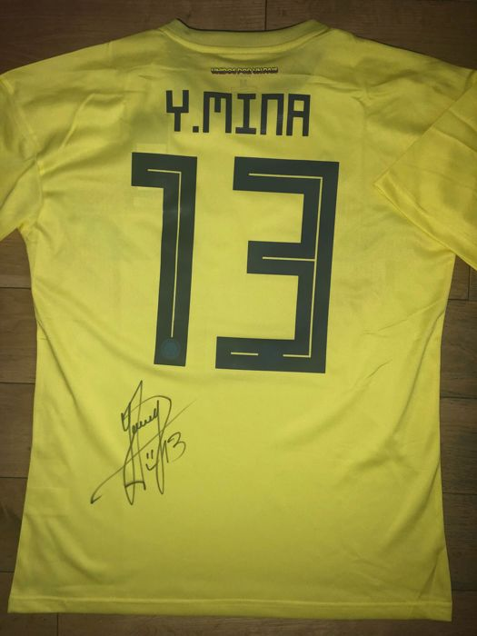 12befa8f2 Yerry Mina Signed Colombia World Cup 2018 Shirt With Exact Signing Moment  Shown !