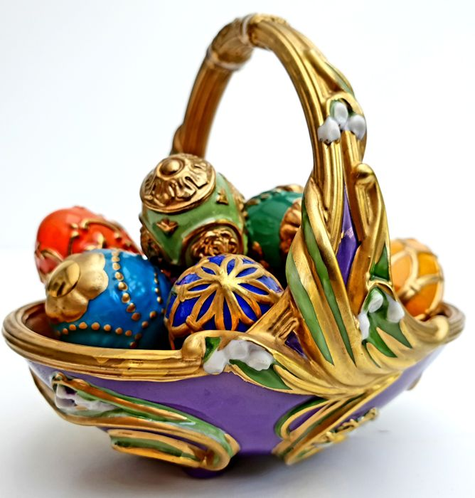 Fabergé - Spring Egg Basket - 9 Different Porcelain official Fabergé eggs -with 24 carat for sale