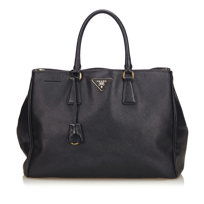 c521b0c9e Prada - Saffiano Leather Galleria Bag - Catawiki