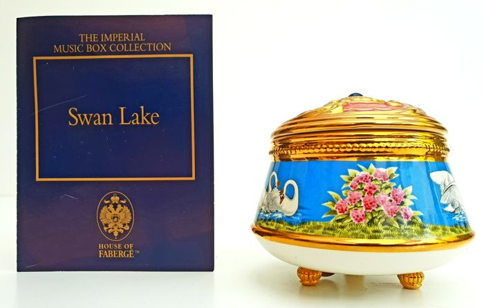 """The House of Fabergé & TFM - Fine 24kt gold plated Porcelain Music Box - """"Swan Lake"""""""