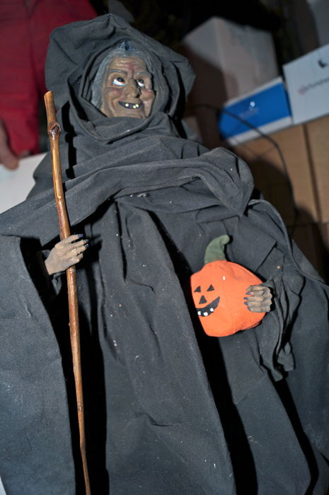 Halloween decoration: witch with raven, rats and witches brew