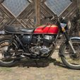 Motos (barnfinds)