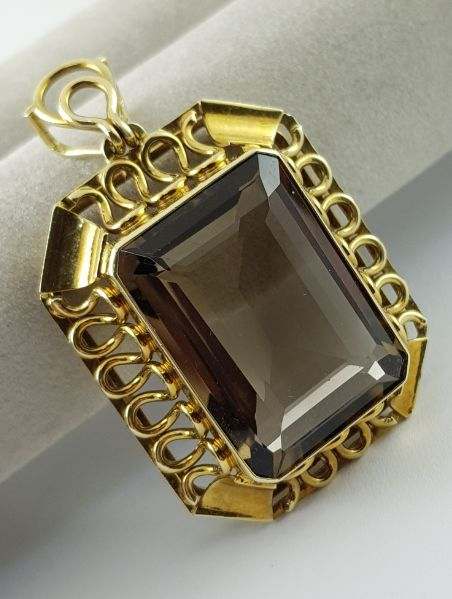 14 kt. Yellow gold - Smoke Quartz Pendant - 585 yellow gold Smoke quartz