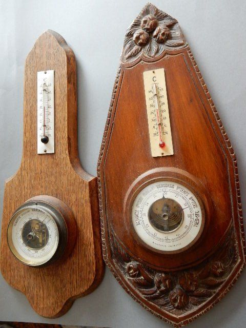 Art Deco - Two very beautiful old barometers thermometers in aneroid wood - 1930/1940 - France