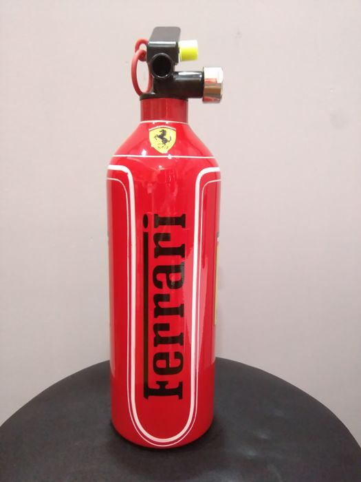 Decorative object - Extintor Decoración FERRARI-AGIP - 2018-2018 (1 items)