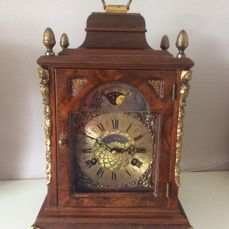 English model Table Clock Burr Walnut - Warmink, made in the Netherlands, Almelo, period 1970