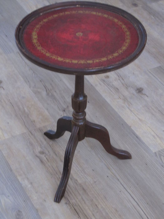 Teak Wood Wine Table   Round Table With Fine Profiled Edge. Inlaid With Red  Cordulans