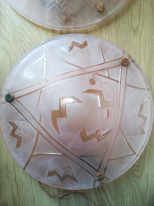 Degué - Art Deco moulded glass ceiling lamp - signed