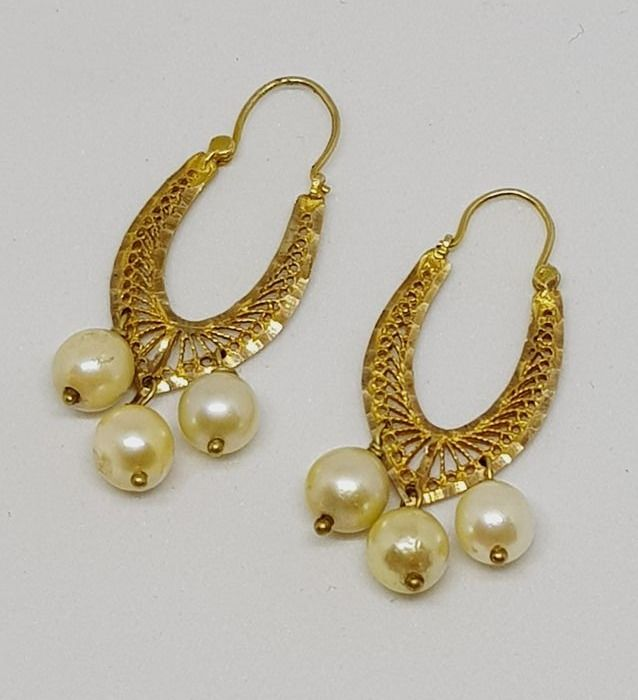 Antique Art Deco earrings in yellow gold with pearls, Italy, 1930