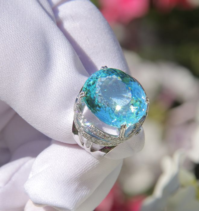 19.16 ct. Tourmaline Paraiba And Diamonds Cocktail Gold Ring. GIA Certified. Free resize.