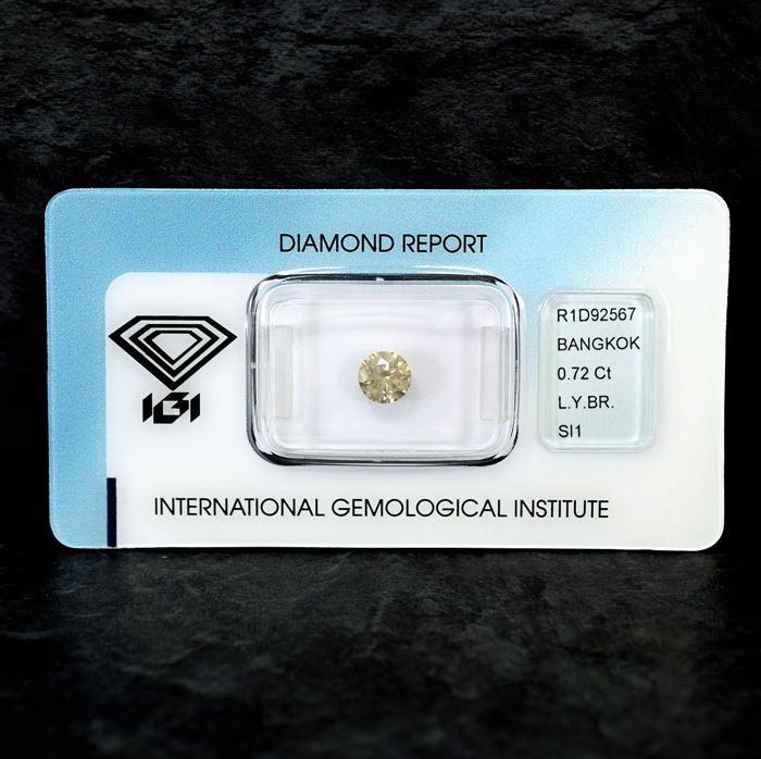 Natural Light Yellowish Brown Diamond - 0.72 ct, Si1