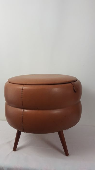 Vintage leather sewing box / pouffe on arrow legs, mid 20th century, Netherlands