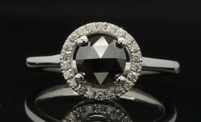 Certified Natural Fancy Black Diamond Ring 1.15 Cts in 18kt gold - No reserve