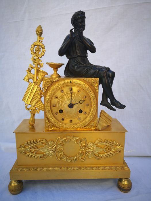 Brons empire clock French early 19th century