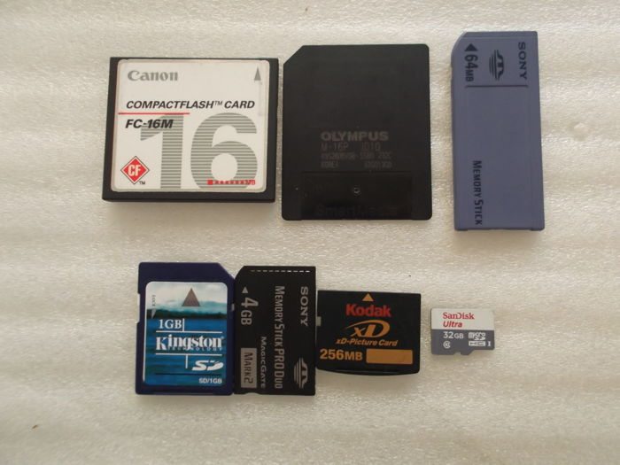 lot of 7 Digital Camera memory card ,XD card ,sd card ,smartmedia card and tf card