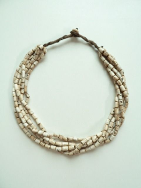 Ethnic shell necklace - Asia - (mid 20th century)