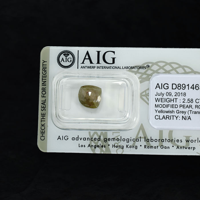 Natural Yellowish Grey Diamond - 2.58 ct