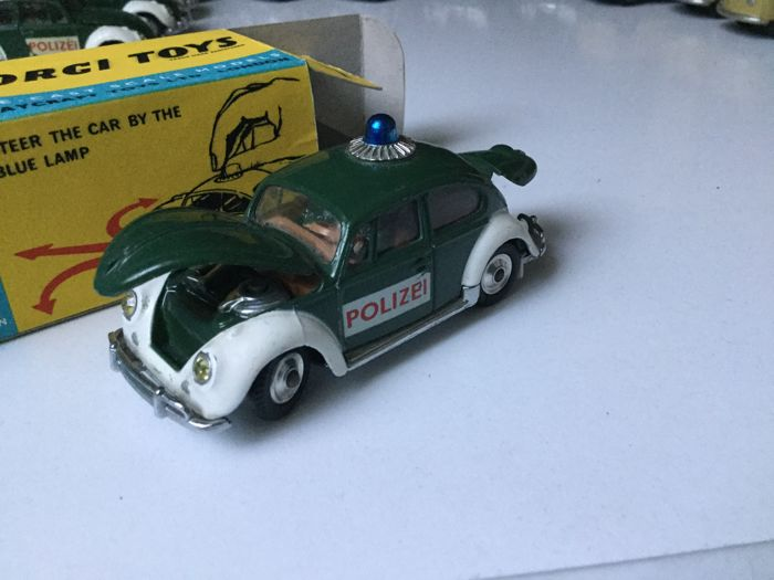 Corgi - 1:43 - #492 Volkswagen 1200 saloon Polizei - Original new condition